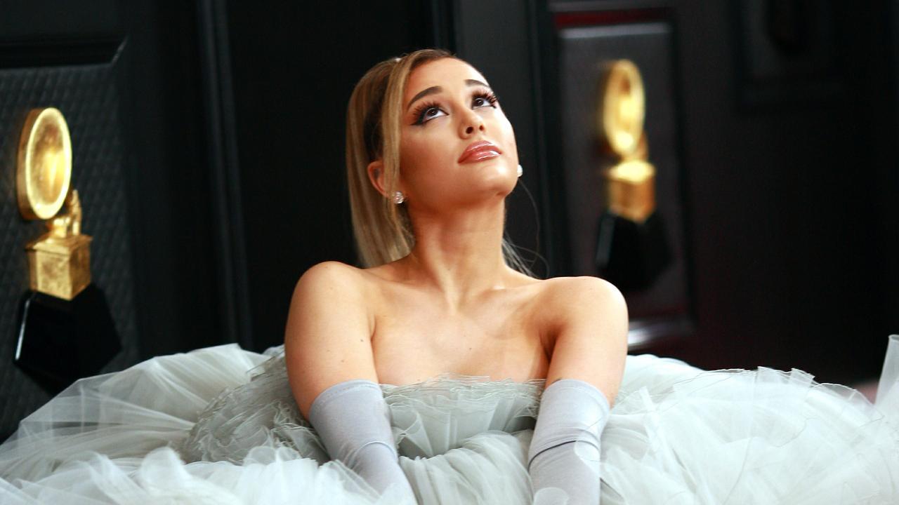 Fakta Menarik Ariana Grande, Artis Terpopuler Hollywood